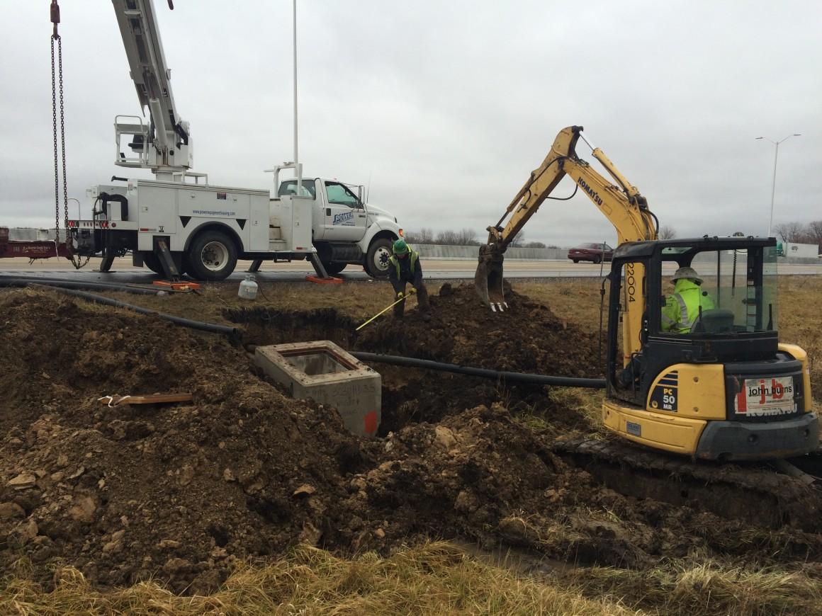 Jane Addams Memorial Tollway Widening & Reconstruction – Lighting/ITS Installation